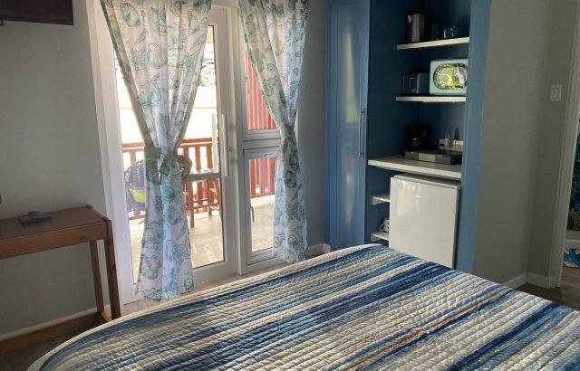 Bougainvillea – Bedroom kitchenette view
