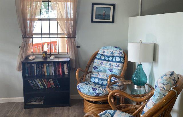 Flamboyant – Living room area 1