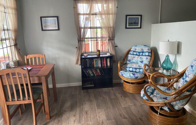 Flamboyant – Living room area 2