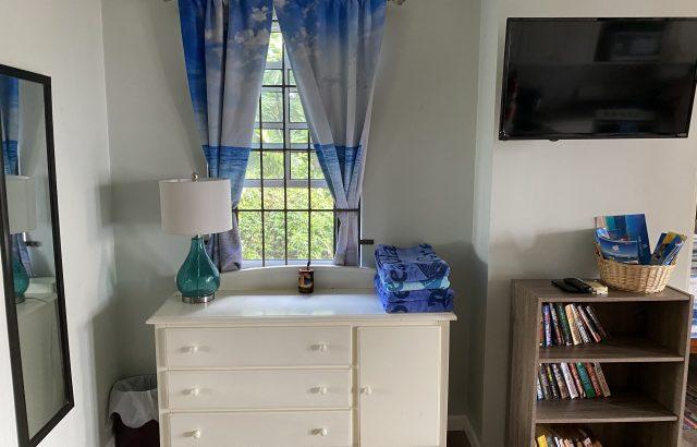 Star Fruit – Main livingroom area